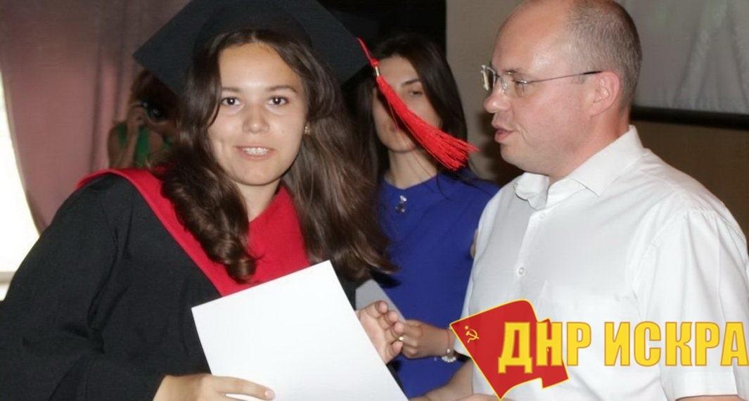 Ростислав Маркелов (справа). Фото: пресс-служба министерства транспорта ДНР