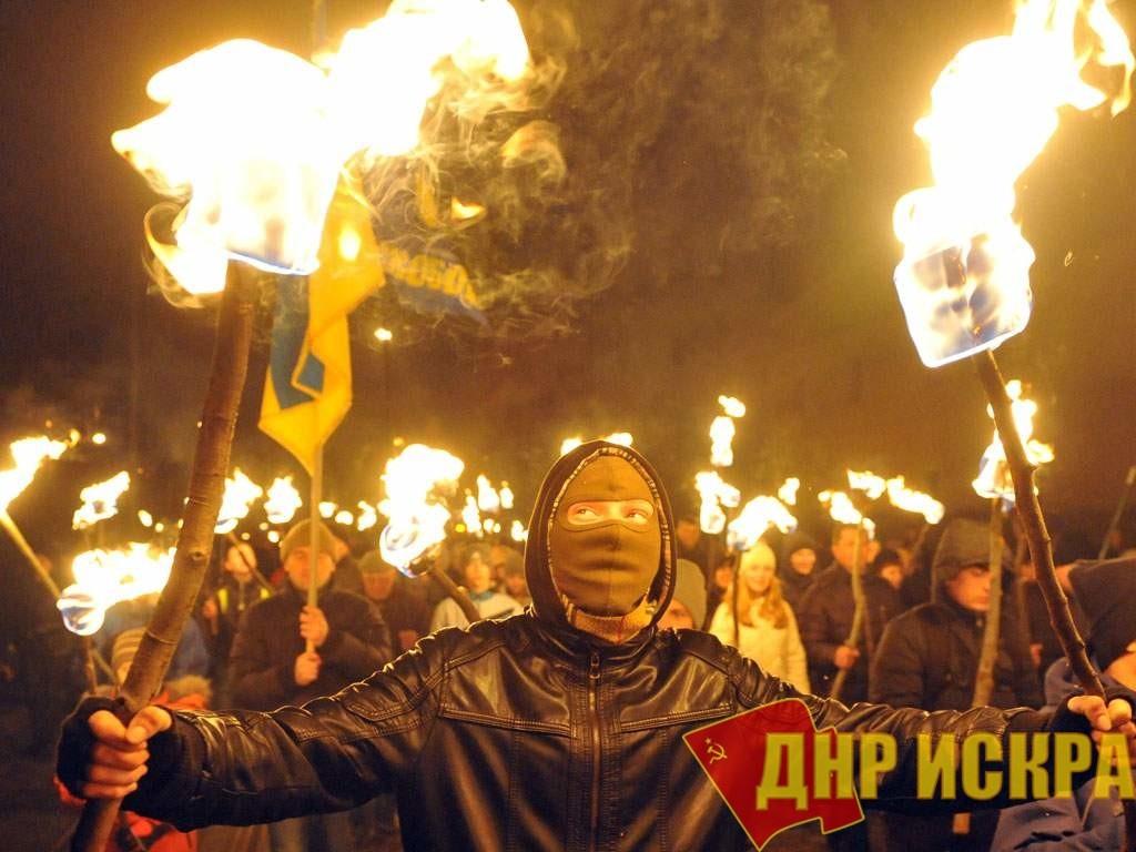 Первый корпус киевского Открытого международного университета развития человека «Украина» (Университет «Украина») был захвачен группой из примерно пятидесяти человек,