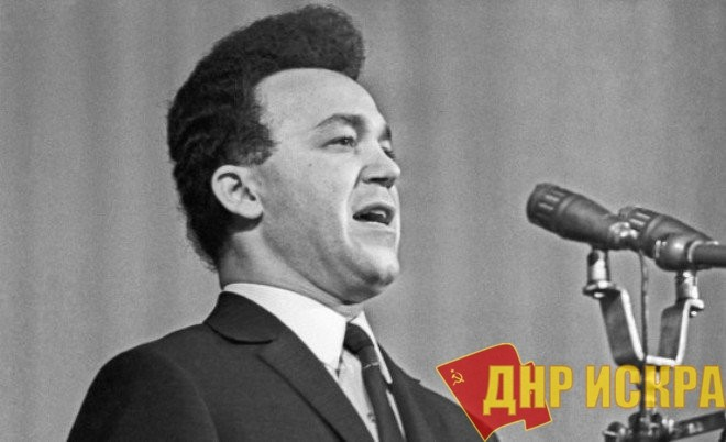На 81 году жизни скончался известный российский и советский певец, депутат российской ДумыИосиф Кобзон.