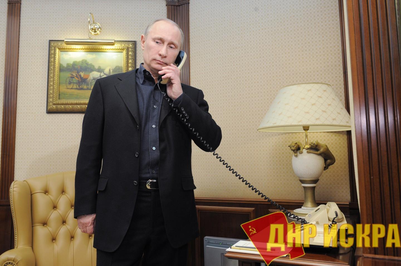 Путин выразил озабоченность в связи с убийством Захарченко в телефонном разговоре с Меркель