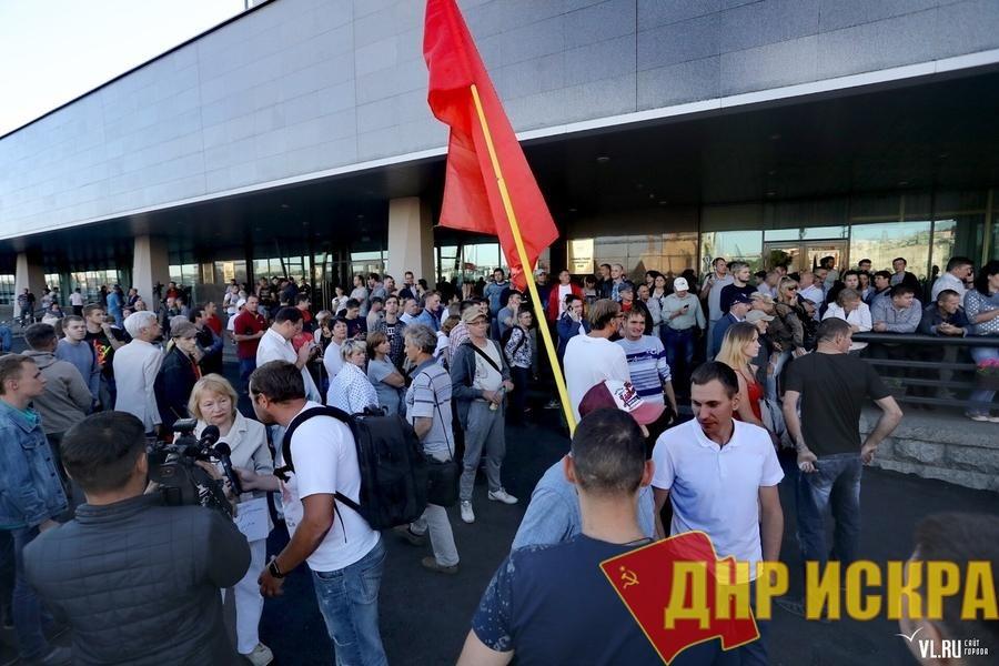 Г.А. Зюганов потребовал от Путина вмешаться в ситуацию с выборами в Приморье