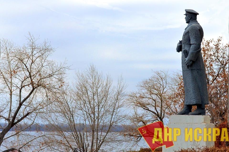 23 октября 1918 г. Ворошилов отдал приказ №13 по войскам 10-й армии о преследовании белых за реку Дон