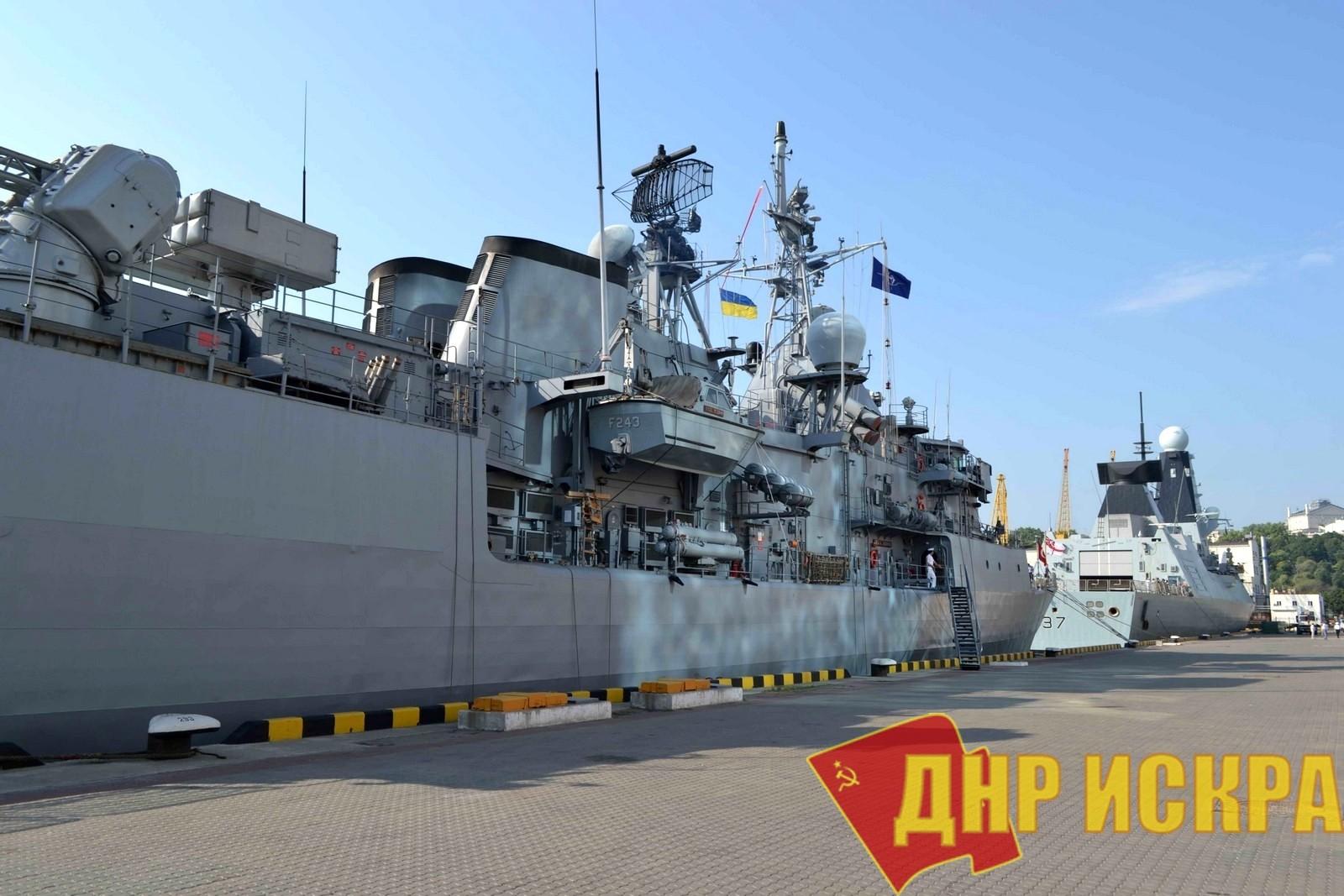 Россия не разрешит кораблям НАТО зайти в Азовское море для участия в совместных с Украиной учениях