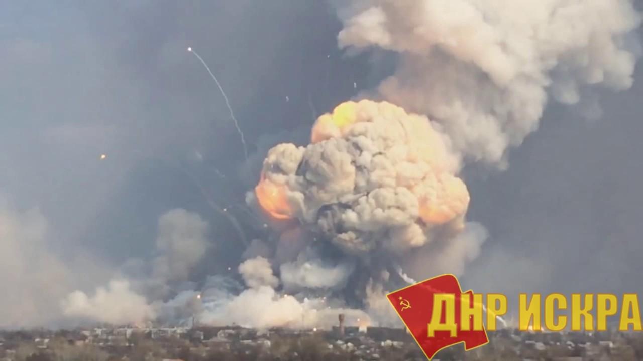 Как вы думаете: рванет? Подразделения армии Украины разместили на территории завода им. Ильича в Мариуполе 2000 тонн боеприпасов к реактивной и ствольной артиллерии
