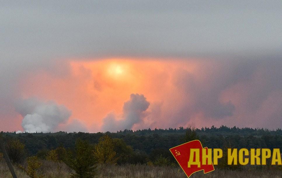 Уровень коррупции в армии Украины: за полтора года Украина потеряла при взрывах на военных складах примерно 40% всего арсенала боеприпасов