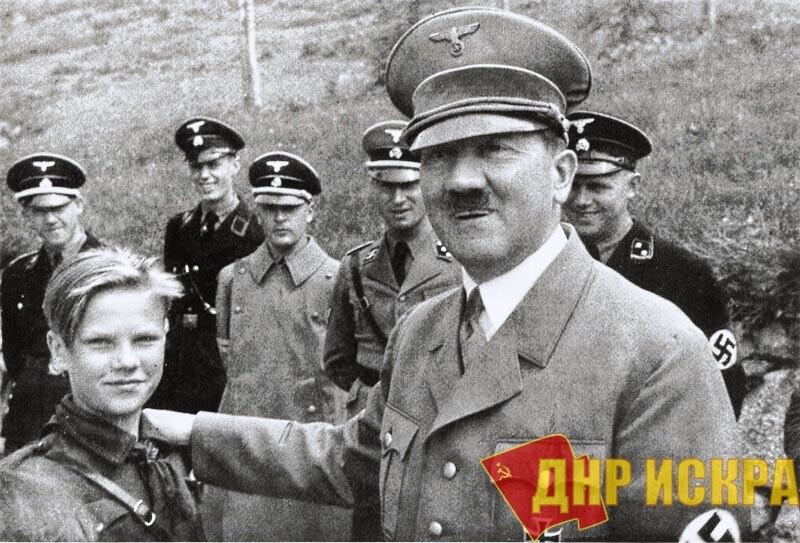 Порошенко работает строго по методичке Гитлера