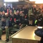 """ВОТ ТАКОЙ """"ДЕНЬ ЕДИНСТВА"""" Владелец шахты на Камчатке уволил более 30 горняков за участие в забастовке"""