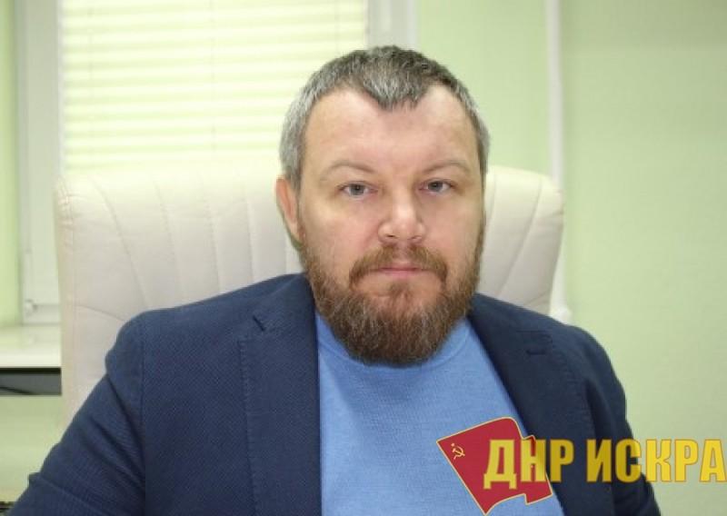 Выборы в Донбассе. Жители ДНР чувствуют себя чужими на этом празднике жизни. Интервью с Андреем Пургиным