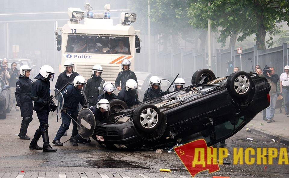 Мощные классовые бои происходят сейчас во Франции.