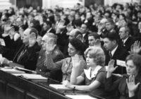 Почему депутаты в СССР заседали несколько дней, а нынешние месяцами?