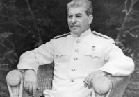 """""""День и ночь громили Сталина. Он и так, и эдак бит. Но слетела лишь окалина, - как стоял, так и стоит""""."""