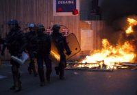 Урок французского: Макрона подвели пенсионная реформа и цены на бензин