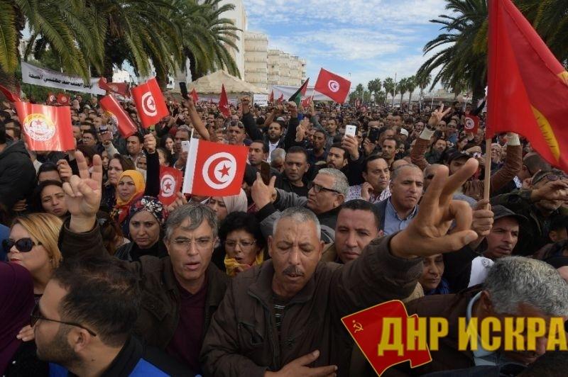 В Тунисе прошла всеобщая национальная забастовка