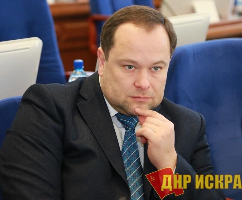 Омск. Константин Ткачев: «Дома не обязаны гореть по расписанию»