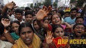 Тысячи бангладешских женщин продолжают бастовать