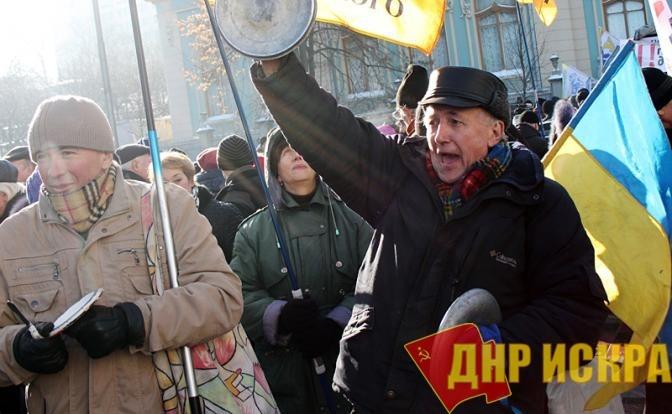 Киев мечтает: Москва покается, а президент РФ встанет на колени