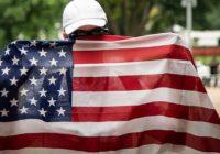Мечты идиотов: Придет Америка, всех накормит, напоит и оденет