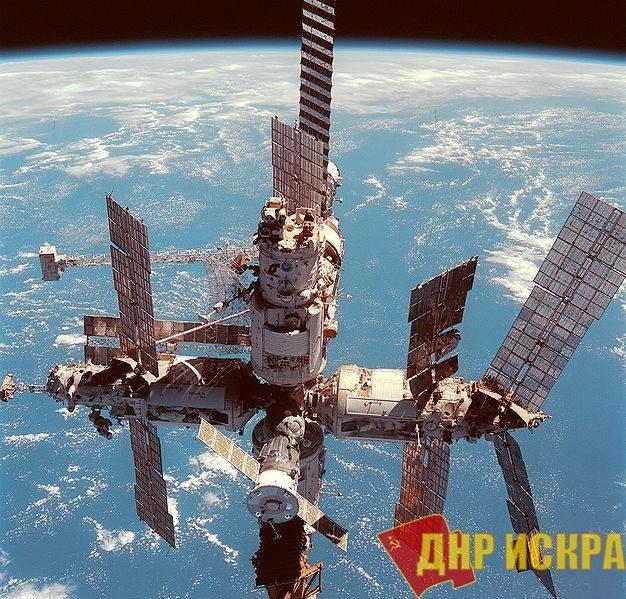 33 года назад, 19 февраля 1986 года, СССР запустил в космос орбитальную станцию «Мир»