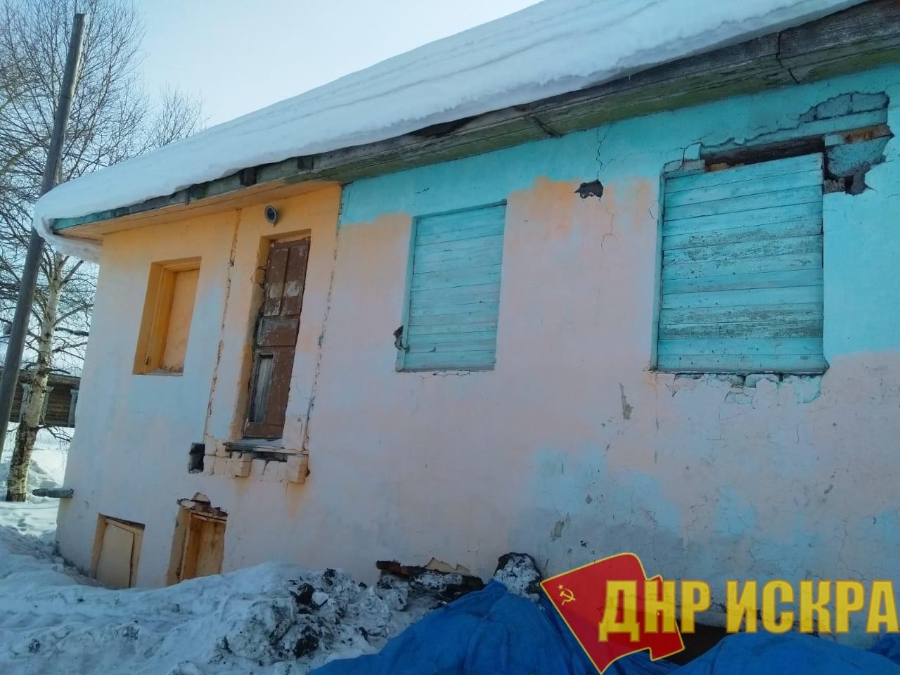В тымовском селе обещают построить новый «очаг культуры» вместо «сарая»