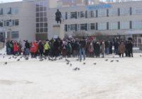 Жители Чебаркуля выступили в поддержку арестованного мэра