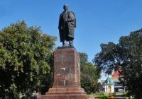 57% омичей против храма на площади Ленина