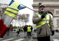 Во Франции принят закон о наказании за участие в манифестациях