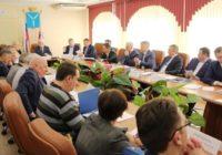 Саратовская область. Депутаты–коммунисты предложили чиновникам областного правительства умерить свои аппетиты