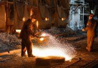 На баррикадах классовой борьбы. Немецкие профсоюзы добились повышения зарплаты металлургам