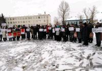 Так зажигается Дон. На митинге в станице Вешенской участники потребовали от чиновников отчитаться за каждый потраченный рубль налогов населения