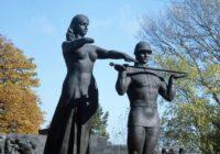 Десоветизация — инструмент в руках эксплуататоров. Во Львове снесли монумент славы в честь погибших героев ВОВ
