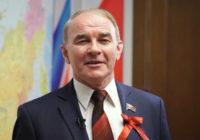 Вячеслав Тетёкин: Путин своих не бросает, а свои не дадут ему бросить их