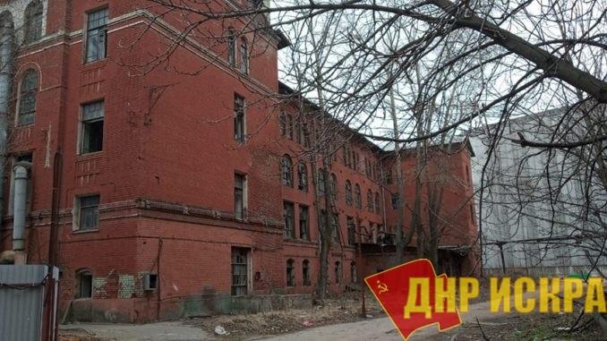 Одно из лучших краснокирпичных зданий Москвы
