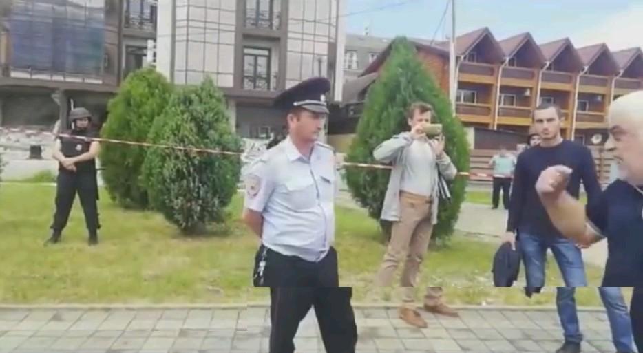 «Красный Политобзор»: Сочи. Зачем снесли дом?