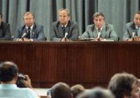 Д.Г. Новиков в эфире радио «Говорит Москва»: «Ошибка ГКЧП – нерешительность». 71% слушателей поддержали эту позицию