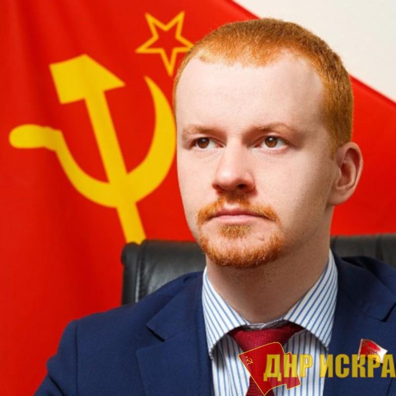 Буржуазный парламентаризм. Депутата Госдумы Парфенова заподозрили в иностранном гражданстве, поскольку он пишет в американскую сеть