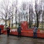 В России поддержали акцию КПДНР «Красная гвоздика — Ленину»