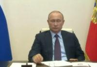 Скучающий Путин, продление самоизоляции и Липецкие