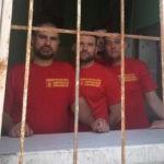 Третьи сутки подряд полиция осаждает Максима Сурайкина и его товарищей в офисе партии Коммунисты России в Москве