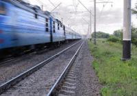 Железнодорожные рабочие Кривбасса забастовали в поддержку протестующих под землей горняков