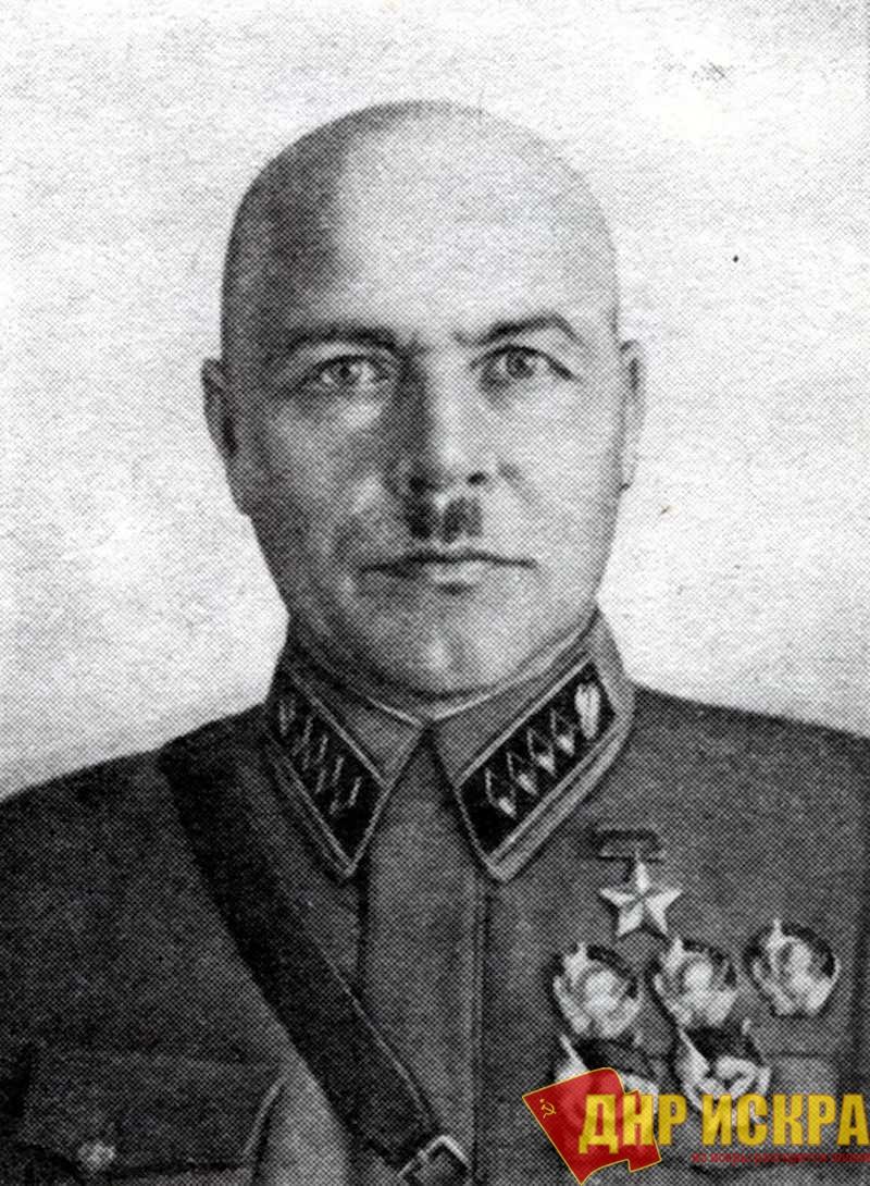 Генерал Павлов. Командующий округом