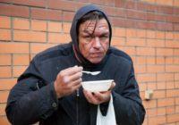 В Москве вновь заработал пункт питания для бездомных в Нижнем Сусальном переулке