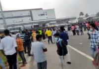 Индийские рабочие разгромили офис компании-подрядчика Apple