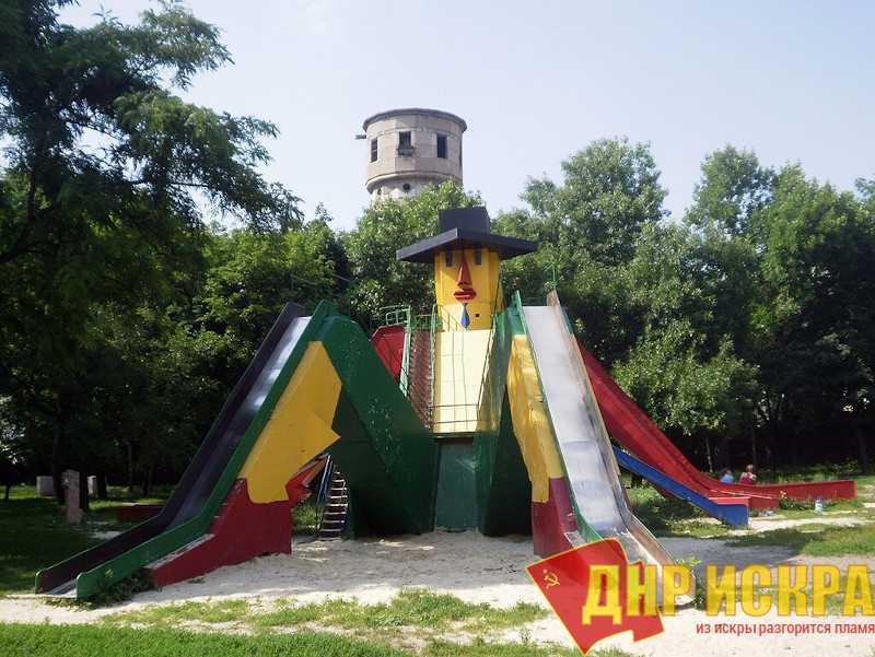 В ДНР украинская церковь отжимает парк