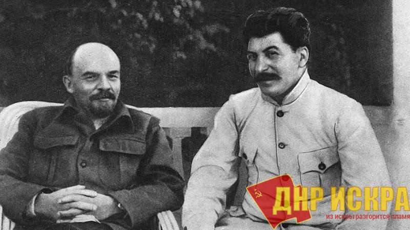 Россияне снова назвали Сталина самым выдающимся человеком в истории